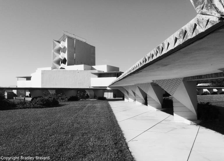 Black and white photo of Annie Pfeiffer Chapel at Florida Southern College in Lakeland, Florida - designed by Frank Lloyd Wright