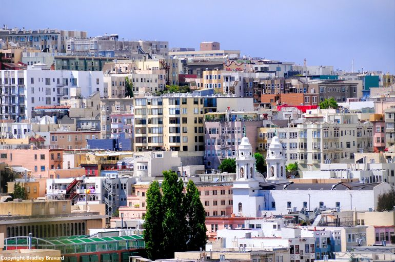Color photo of rows of various-shaped buildings in San Francisco