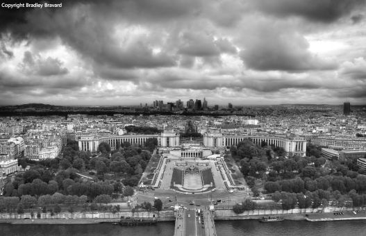 Black and white photo of Paris from the Eiffel Tower, looking toward Trocadero Gardens and La Defense