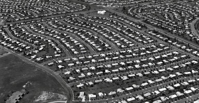 Photo of Levittown housing development