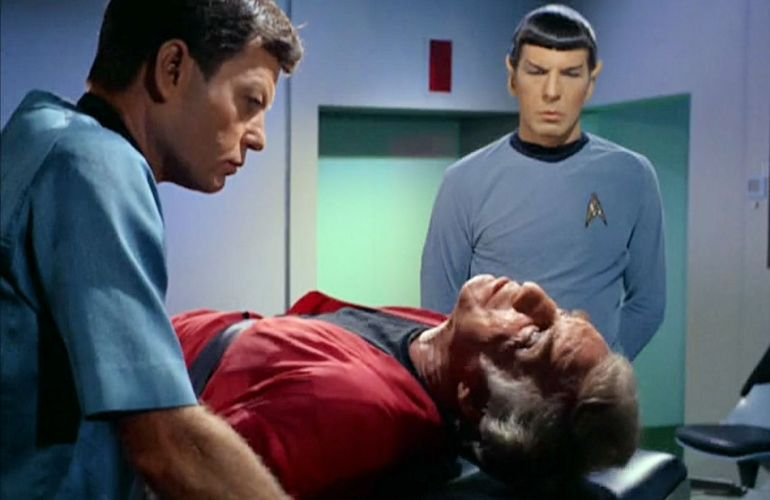 Image from Star Trek episode Dagger of the Mind showing McCoy, Van Gelder, and Spock in sickbay