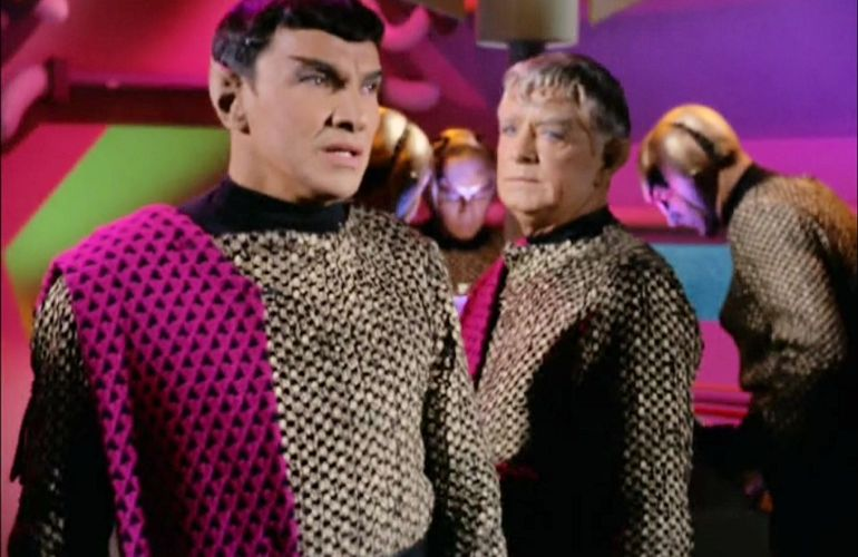 Image from Star Trek episode Balance of Terror showing Romulan commander and friend on bridge of Bird-of-Prey